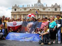 Classic Travel - Gallery - Canonization of Bl. John XXIII & Bl. John Paul II